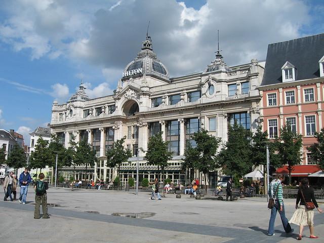 Ant-ton (a.k.a. Antwerp Hilton ;>)