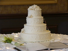 TEXAS WEDDING CAKE (JAMES HALLROBINSON) Tags: cake dallas texas married weddingcake 4 layer crowneplaza