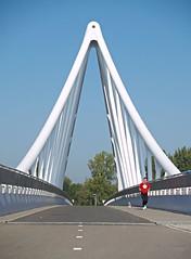 Red shirt..... (Rob Verhoeff) Tags: bridge bridges olympus zoetermeer brug e500 1445mm