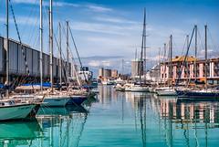 Il porto delle meraviglie (marco741974) Tags: mare porto genova genoa liguria italy darsena matitone acquario acqua barche