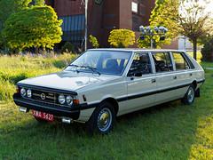 P5199737 (darek dario) Tags: nocmuzeów samochód polonez jamnik