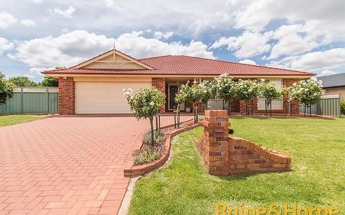 5 Glen Eagles Way, Dubbo NSW