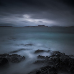 Turmoil (Vemsteroo) Tags: harris isleofharris scotland highlands westernisles outerhebrides canon 5d mkiv 1635mm leefilters bigstopper seascape sea waterscape sunset dramatic drama moody epic foreboding square blues turquoise