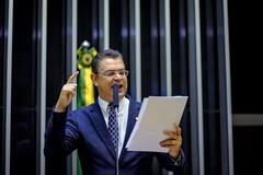 Douglas Gomes 11