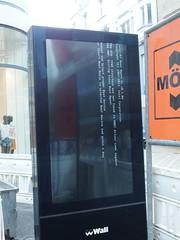 Fehlerhafte Stadtmöblierung (mkorsakov) Tags: dortmund city innenstadt hellweg werbung commercial stadtmöbel fail fehlermeldung error windows hrhr