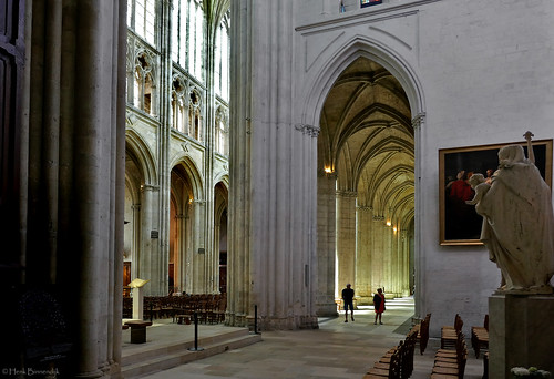 France: Tours cathedral light