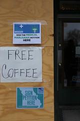 Free Coffee (pasa47) Tags: stlouis stl stlouiscity cityofstlouis southside southstlouis southcity 2018 march missouri unitedstates us canon 6d 40mmpancakelens mo cherokeestreet