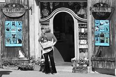 black white blue (murtica27) Tags: street boutique prague czech prag praha strase black white colored coloured sony alpha schwarz weis blau blue farbig mensch person frau mädchen europa europe cat katzen miaou galerie