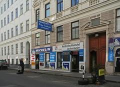 Tyre Dealers (Wolfgang Bazer) Tags: tyre dealer reifenfachhandel wien vienna österreich austria