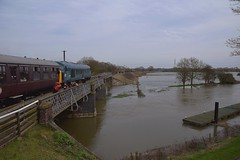 Peak Locomotive 45041 takes the 13.30 service to Peterborough(NVR) from Wansford, over the flooded River Nene. Nene Valley Railway 06 04 2018 (pnb511) Tags: nenevalleyrailway heritage trains train railway engine engines diesel diesels bridge river flood flooded fields trees people loco locomotive peak class45