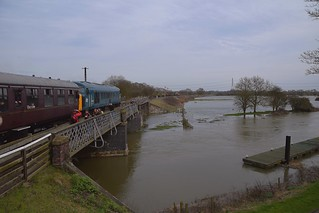 Peak Locomotive 45041 takes the 13.30 service to Peterborough(NVR) from Wansford, over the flooded River Nene. Nene Valley Railway 06 04 2018