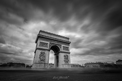 Arc De Triomphe, Paris (glank27) Tags: arc arch gate de triomphe paris city cosmopolitan traffic long exposure karl glanville canon eos 5d mkiv ef 1635mm f4l architecture black white monochrome contrasts sky clouds