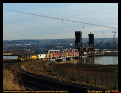 wed115h (funnelfan) Tags: train railroad railway shortline locomotive pnw pacificnorthwest idaho clearwater river bridge lift watco lewiston