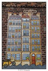 2018.04.18 Streetart 2 (garyroustan) Tags: paris france french iledefrance ile island building architecture ville ciudad city life art streetart