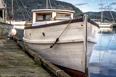 Kalisha (Paul Rioux) Tags: marine boat vessel transportation old vintage classic antique kalisha 1913 cowichan bay calm water reflection ocean sea prioux dock wharf historic