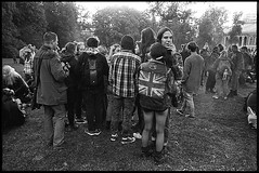 (Igor Baranchuk) Tags: film 35mm blackwhite bw ilfordpan400 ilford ilfordpan leicam6 leica park hugs punk unionjack moscow anarchy girl tree people