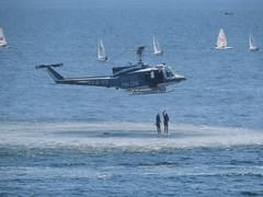 Police Helicopter Naples Italy (gallftree008) Tags: police helicopter naples italy handsupifyouuserightguard rescue sea water divers exercise