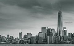 Manhattan Skyline|New York|USA (Giovanni Riccioni) Tags: 2018 5d america canon canonef75300mmf456iiiusm canoneos5d eos fullframe giovanniriccioniphotography march marzo newyork states statiunitidamerica travel usa unitedstatesofamerica viaggiare viaggio manhattan skyline skyscraper skyscrapers grattacieli grattacielo empire empirestatebuilding freedomtower oneworldobservatory hudson hudsonriver financialdistrict nyc blackwhite biancoenero bw frame 75300 chryslerbuilding bankofamerica 432parkavenue 10hudsonyards cityscapes cityscape