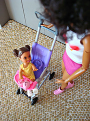 Little girl in the buggy (Deejay Bafaroy) Tags: barbie skipper babysitters mattel doll puppe black pink rosa yellow gelb portrait porträt 16 scale playscale miniature miniatur purple violet violett lila buggy kinderwagen child kind girl mädchen madetomove mtm