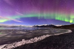First time I saw northern lights in my entire life. This was a mind blowing moment that I'll never forget! 😊 (luke.switzerland) Tags: islande islanda scandinavia colorsinthesky icelandair exploreiceland landscapephotography nikond810 d810 nikon icelandnorthernlights icelandaurora winter glacial lagoon nature landscape colors aurora northernlights glacier jokulsarlon icelandexplore iceland