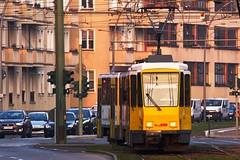 Tatra KTD4 6154 + 6132 als M4 (M. Schirmer Berlin) Tags: berlin bvg tram strasenbahn tatra ktd4 m4 deutschland germany schwarzweis buschallee hansastrase weisensee sonnenuntergang sundown twilight bluehour blauestunde abendrot