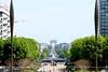 Ola ! Au loin ... (.urbanman.) Tags: paris ladéfense ville urbain arc arcdetriomphe triomphe triomphant avenue avenuedelagrandearmée