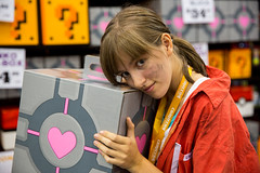 Chell Companion Cube Portal (irrational.photography) Tags: chell companion cube portal cos play cosplay anime japan comic book comicbook convention costume movie tv show dress up mascarade masquerade