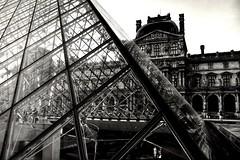 Cultural shift (__Thomas Tassy__) Tags: muséedulouvre paris museum louvre pyramide ieohmingpei bw black white noiretblanc france thomastassy