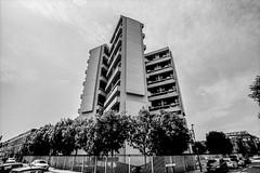 Keeling House (D I C K S D A I L Y) Tags: nikonf80nikkor1835f3545|ilfordfp4|rodinal125 keelinghouse denylasdun architecture london brutalist brutalism block cluster bethnalgreen hackneylondon