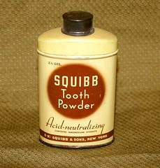 WW-2 U.S. PX Purchase (Pacific Kilroy) Tags: ww2 wwii us army relic militaria memorabillia artifact collectible worldwarii pacifictheater toothpowder brush squibb hygiene px squibbsons