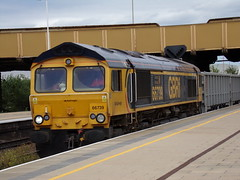 GBRF Class 66 66739 (Alex S. Transport Photography) Tags: vehicle outdoor leicester train freight class66 railway locomotive gbrailfreight gbrf 6f92 66739