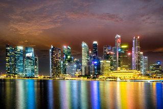 Cityscape of skycraper in Singapore at night