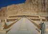 Luxourious (Don César) Tags: egypt egipto africa middleeast mediooriente temple mortuarytempleofhatshepsut djeserdjeseru architecture arquitectura templo escaleras stairs mountain guide