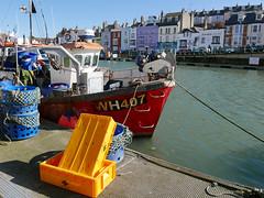 The Karen Lynn 87/365 (auroradawn61) Tags: weymouth dorset uk england march 2018 seaside britishseaside lumixlx100 365daysin2018 karenlynn fishingboat colourful