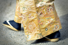 A Sophisticated Hakama (RomImage) Tags: japan culture hakama yabusame fine elaborated sophisticated pant japanese tabi tradition traditional nikon details pattern fabric japanesetradition history historical travel wanderlust tourism asia asian gold goldenclothe feet foot walking