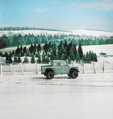 Hot Wheels HW HOT TRUCKS '15 Land Rover Defender Double Cab 2017 : Diorama  Winter Scene - 15 Of 16 (Kelvin64) Tags: hot wheels hw trucks 15 land rover defender double cab 2017 diorama winter scene