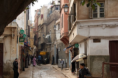 Casablanca (hans pohl) Tags: maroc casablanca rues streets villes cities personnes people architecture maisons houses buildings bâtiments