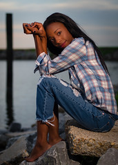Lia (01_241) (ronnie.savoie) Tags: africanamerican black noir negra woman mujer chica muchacha girl pretty guapa lovely hermosa browneyes ojosnegros brownskin pielcanela portrait retrato model modelo modèle smile sonrisa bonnabelboatlaunchpark metairie louisiana diaspora africandiaspora