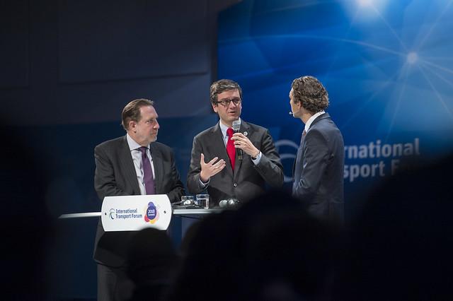 Michael Replogle, Miguel Gaspar and Ali Aslan talking