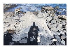 _JP22466 (Jordane Prestrot) Tags: jordaneprestrot ⛎ lanzarote costateguise shadow ombre sombra silhouette silueta rock rocher roca piedra océan ocean océano atlantique atlantic atlantico