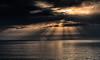 2017-08a-F5160 copia (Fotgrafo-robby25) Tags: alicante costablanca fujifilmxt2 marmediterráneo nubes rayosdesol torredelahoradada