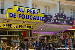 Lourdes 203-A (José María Gil Puchol) Tags: aquitaine basilique boutique catholique cathédrale cierge eaumiraculeuse fidèle fontaine france handicapé jeanpaulii josémariagilpuchol lourdes paysbasque prière pélèrinage religion