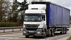 YT61 FWE (Martin's Online Photography) Tags: mercedes axor truck wagon lorry vehicle freight haulage commercial transport a580 leigh lancashire nikon nikond7200