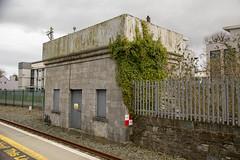 Killarney railway station, March 2018 (Rochdale 235) Tags: cie ireland irish rail railway railways iarnrodeireann station killarney cillairne water tower tank