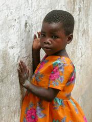 Lamu - Kenya 2003 (wietsej) Tags: lamu kenya 2003 nikon coolpis 4500 girl child portrait