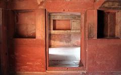 fatehpur sikri geometric interior (kexi) Tags: india asia geometry interior red sandstone old ancient akbar palace mughal uttarpradesh fatehpursikri canon february 2017 door entrance
