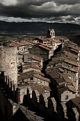 Frias. Burgos. IMG_9376_ps (Inclitus) Tags: pueblo frias burgos medieval nubes arquitectura tormenta