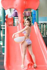 DSC_2601 (錢龍) Tags: 楊淑芬 十芬 台中 烏日 公園 泳裝 塗鴉 可愛 女孩 外拍 遊樂 美女 nikon d850 beauty cute swimsuit portrait albee ⅹ十芬