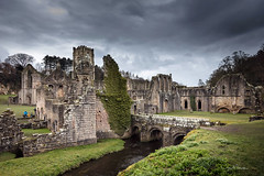 Fountains Abbey (clive_metcalfe) Tags: fountainsabbey yorkshire uk abbey ruins monastic monastery riply unesco worldheritage aldfield