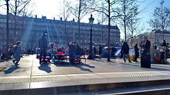 561 Paris en Février 2018 - Place de la République (paspog) Tags: paris france février februar february 2018 république placedelarépublique